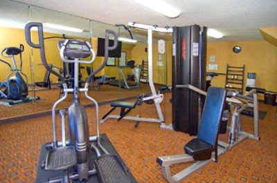 Fitness Center 8 of 20