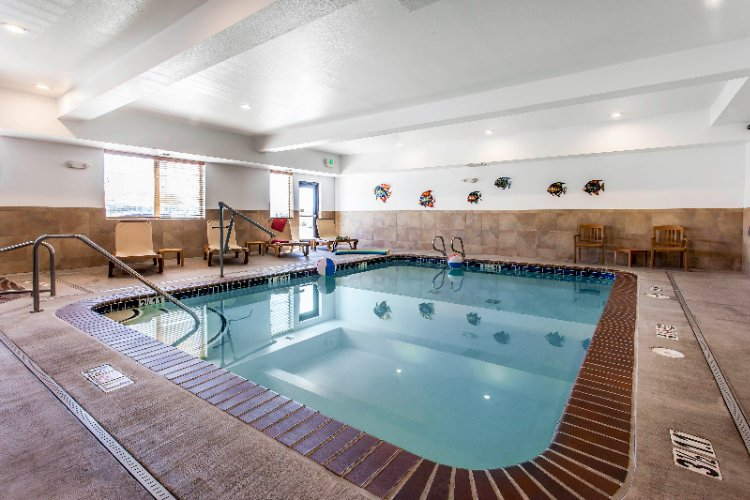 Indoor Heated Pool 14 of 15