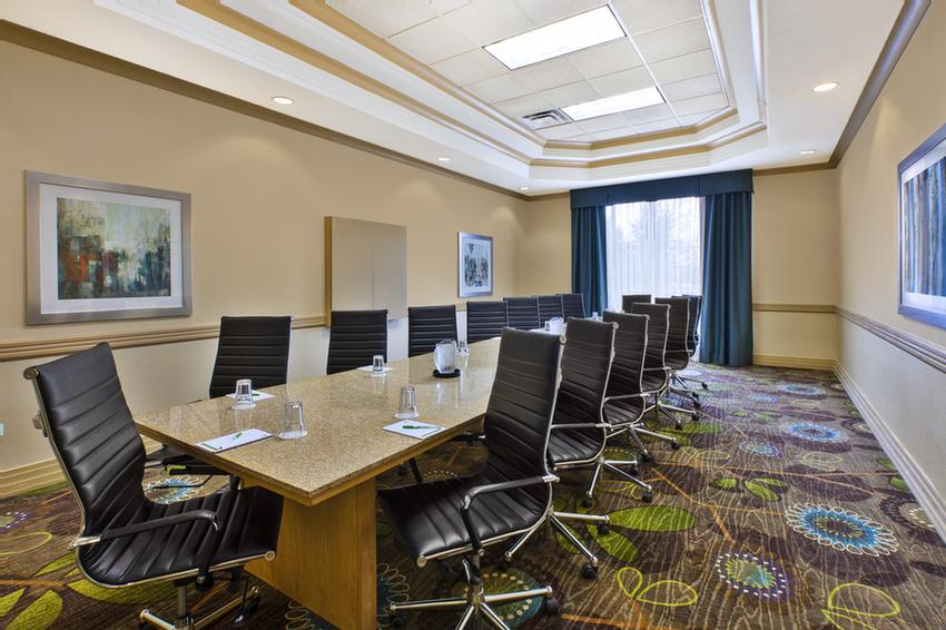 Executive Boardroom 9 of 10