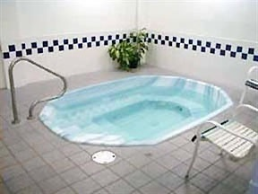 Come And Relax In Our Oversized King Spa 4 of 5