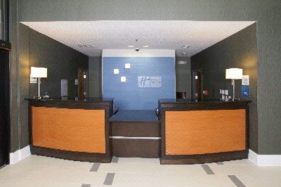 Image of Holiday Inn Express & Suites Festus