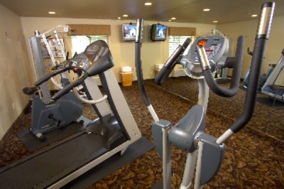 Break A Sweat In Our 24-hour Fitness Room. 4 of 10