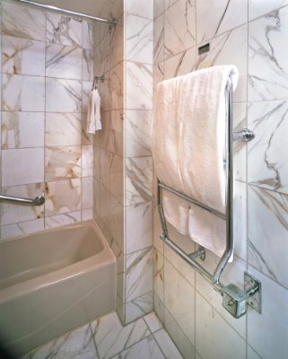 All Marble Bath With Towel Warmer 8 of 20