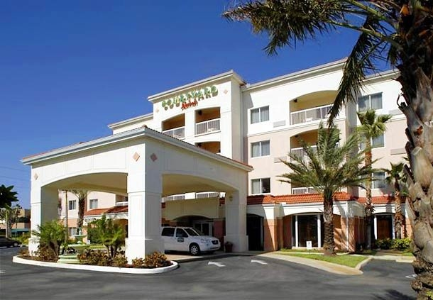 Image of Courtyard by Marriott Airport