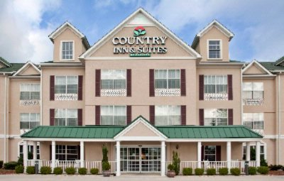 Country Inn And Suites 3 of 10