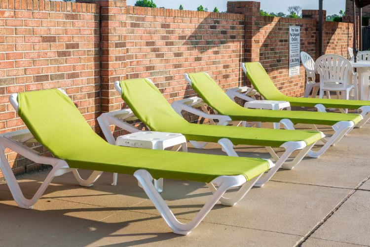 Pool Lounge Chairs 18 of 30