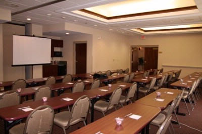 Meeting Space Set Up Class Room Style 5 of 8