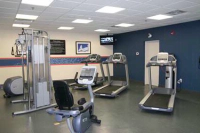 Fitness Facility 10 of 16