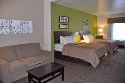 Sleep Inn & Suites-Cave City-Two Queen Bed Suite 5 of 11