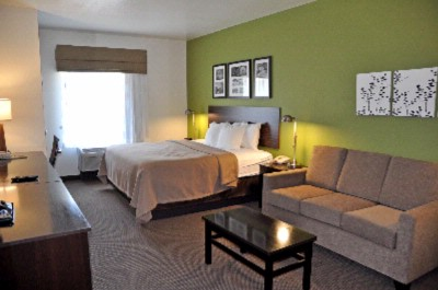 Sleep Inn & Suites-Cave City-King Suite 9 of 11
