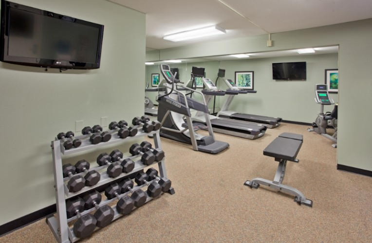 Fitness Room 11 of 11