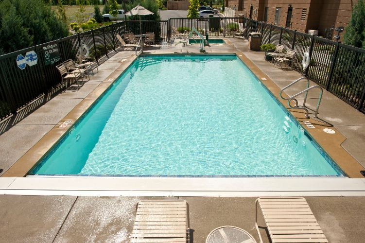 Outdoor Pool/hot Tub 6 of 8