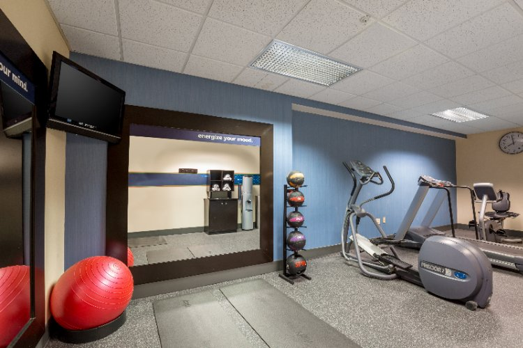Fitness Center 8 of 14