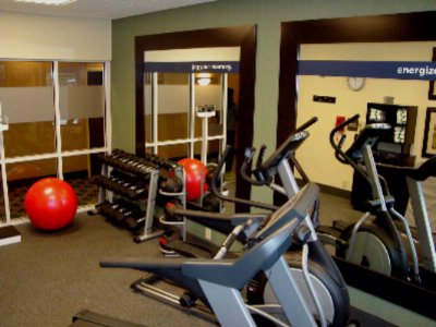 Our Fitness Center Has Everything You Need To Stick To Your Work-Out Regimen While You Are Here. Looking For A More Rigorous Work-Out? Our Guests Have Free Access To Gold's Gym-Simply Show Them Your Room Key-Just Ask Us For Directions! 3 of 12