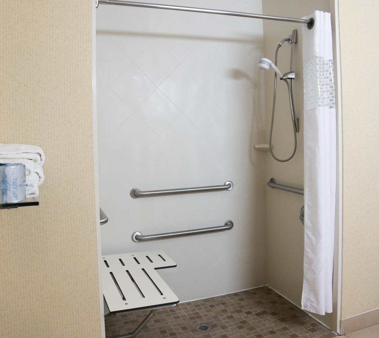 King Accessible -Roll In Shower W/tub Seat 21 of 24
