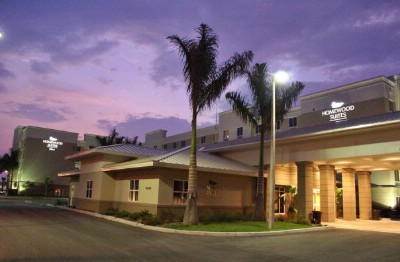 Homewood Suites by Hilton Fort Myers Airport / Fgcu 1 of 5