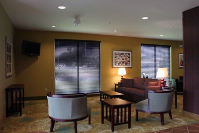 Comfort Suites Dothan Lobby 6 of 7