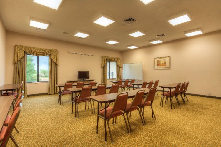 Comfort Inn & Suites-Cave City-Meeting Room 11 of 11
