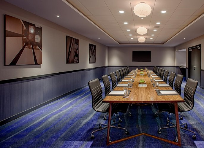 Executive Boardroom 8 of 12