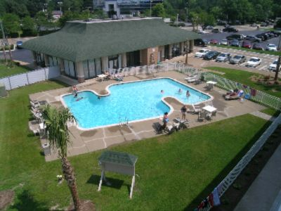 Quality Inn Pavilion Outdoor Swimming Pool