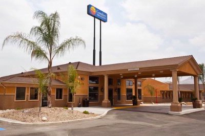 Comfort Inn & Suites Colton 1 of 23