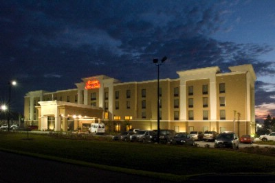 Image of Hampton Inn & Suites Savannah Airport
