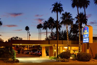 Newly Renovated Eco-Friendly Resort Style Hotel Centrally Located Near U Of A Downtown & Easy Access To & From Freeways I-10 & I-19 2 of 31