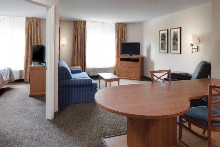 Candlewood Suites La Crosse 1 of 5