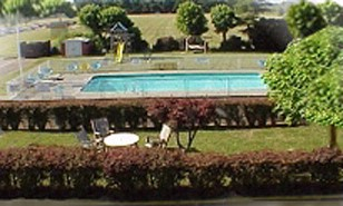 Heated Outdoor Swimming Pool 3 of 8