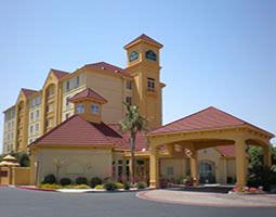 La Quinta Inns & Suites 1 of 3