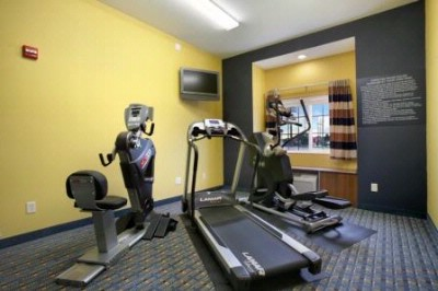 Fitness Room 4 of 9