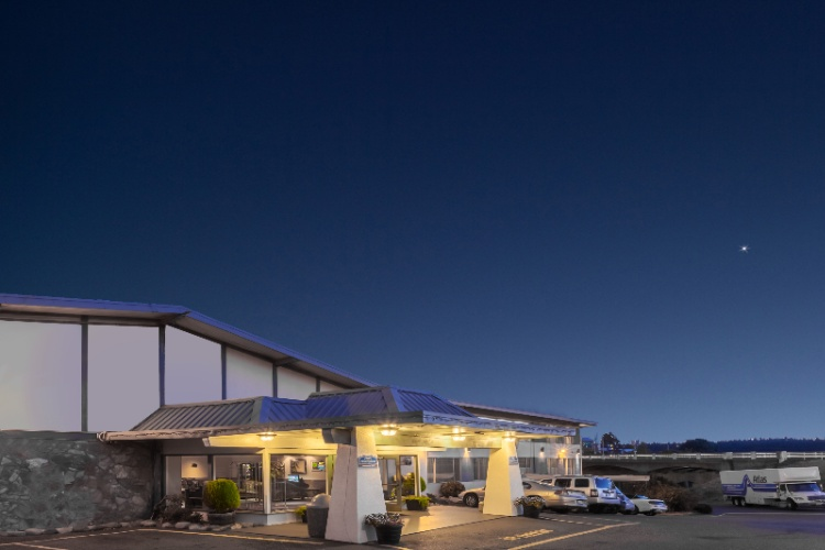 Image of Howard Johnson Harbourside Hotel
