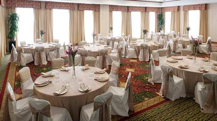 Savanna Ballroom 8 of 13