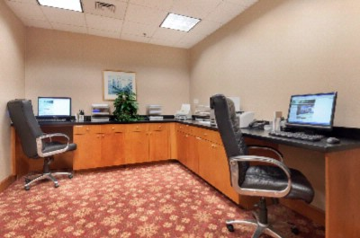 24 Hr Business Center With Copier & Fax 9 of 15