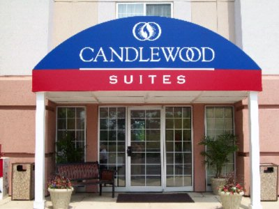Candlewood Suites Philadelphia / Willow Grove 1 of 5