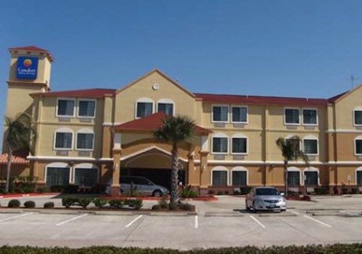 Baymont Inn & Suites Seabrook Kemah 1 of 12