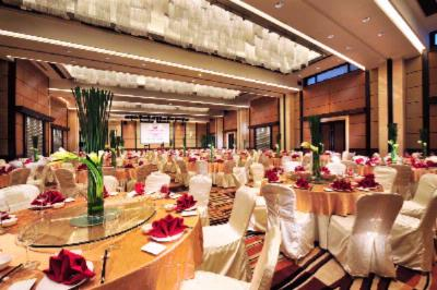 Grand Ball Room 6 of 15