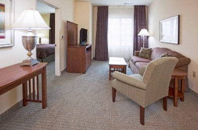 Staybridge Suites Milwaukee West 1 of 12