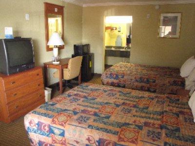 Double Bed Room 6 of 8