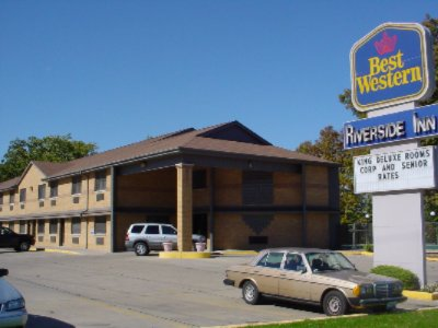 Best Western Riverside Inn 1 of 9