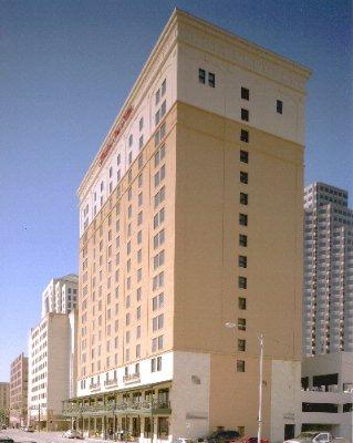 HAMPTON INN SUITES DOWNTOWN AUSTIN Austin TX 200 San Jacinto 78701