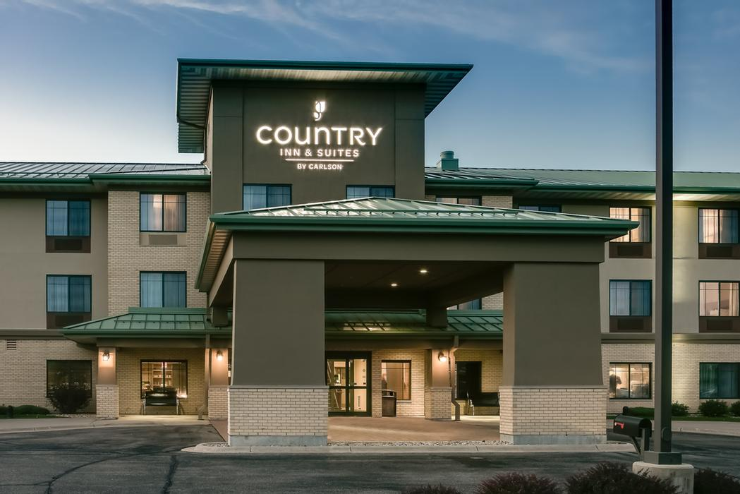 Country Inn & Suites Madison West 1 of 6
