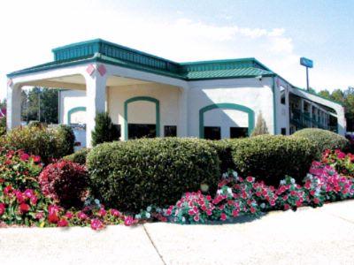 QUALITY INN & SUITES® - Stockbridge GA 7325 Davidson Pkwy