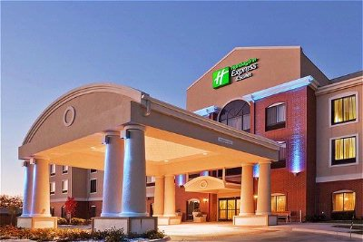 Holiday Inn Express Hotel & Suites Guymon 1 of 10