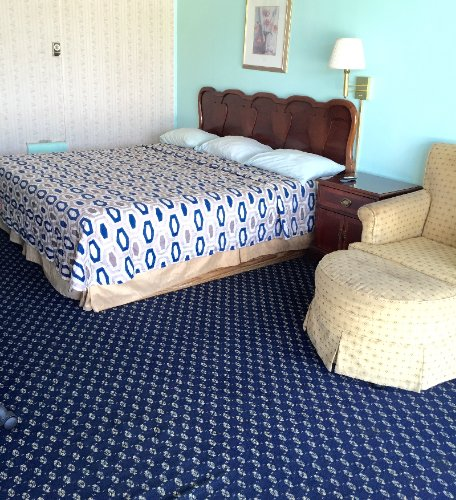 King Size Bed 2 of 4