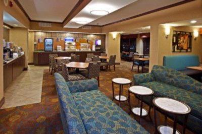 Comfortable Lounge Sofas In Breakfast Dining Area 14 of 16