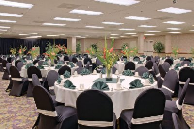 Banquet Room 8 of 11