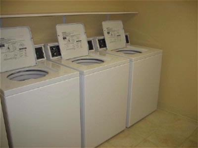 Guest Laundry Washers 13 of 29