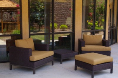 Outdoor Seating Area 5 of 7