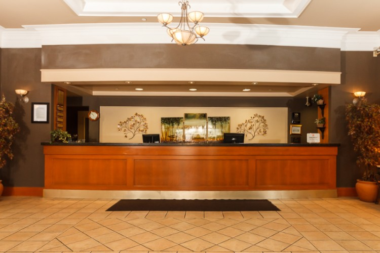 Front Desk 3 of 20